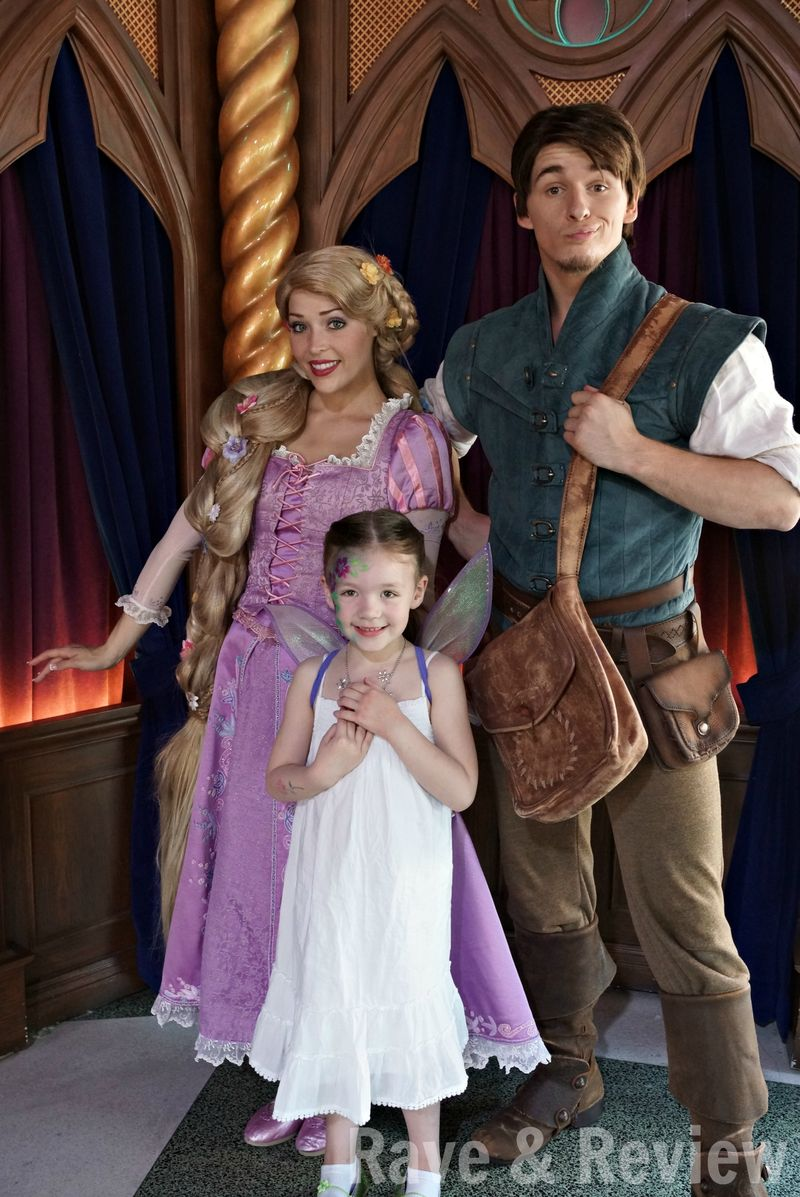 Rapunzel and Flynn in Disneyland