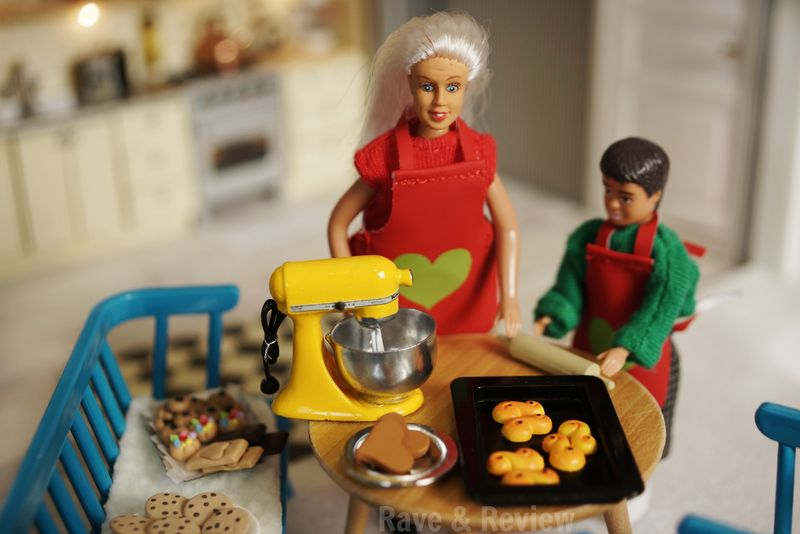 Lundby cooking with Grandma
