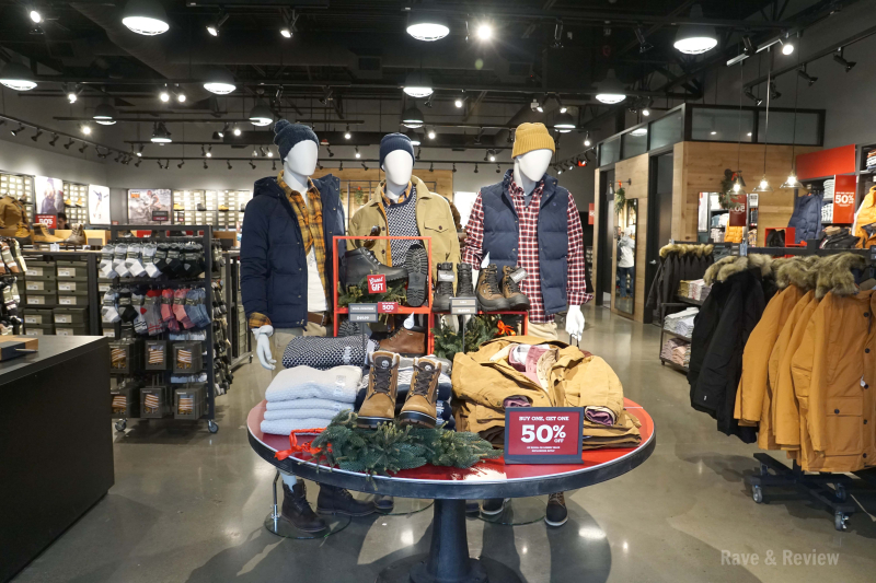 Seattle Premium Outlets Timberland in store